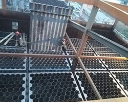 山西某电厂不锈钢阳极管安装现场